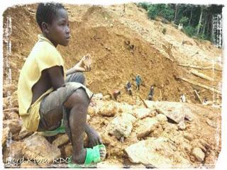 Il Nord Kivu e la guerra degli smartphone insanguinati. Stupri e violenze in nome del Coltan
