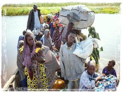 Gli attacchi di Boko Haram costringono i nigeriani alla fuga verso i paesi vicini
